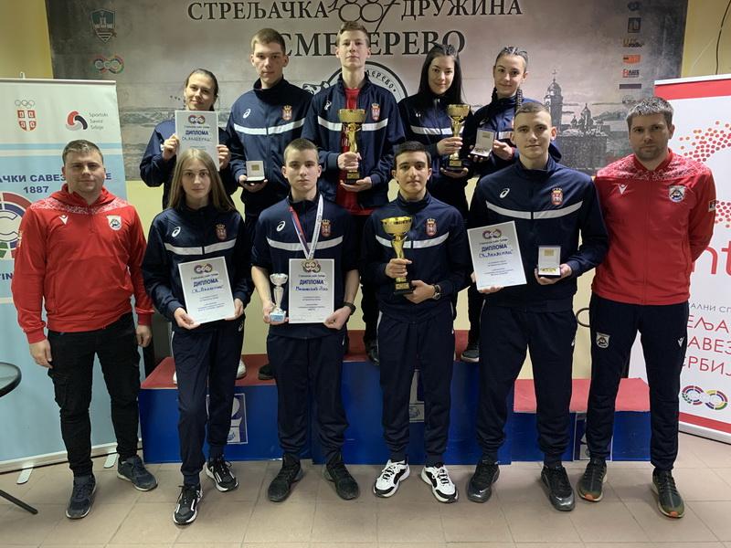 Nove medalje i državni rekord za strelce voždovačkog Streljačkog kluba Akademac