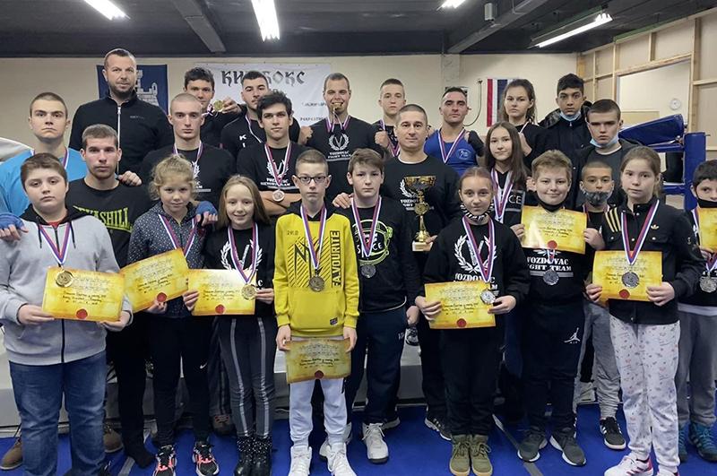 Voždovac Fight Team osvojio pehar za najbolji klub