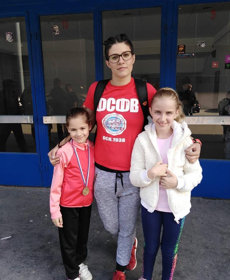 Nadja Stjepic prvakinja Srbije u katama a Una Nikolovski peta u Srbiji